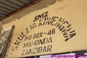zanzibar_kiwengwa_school_sign