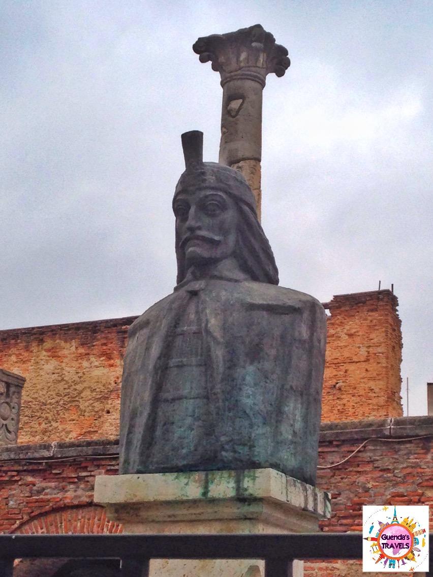 statua Vlad bucarest
