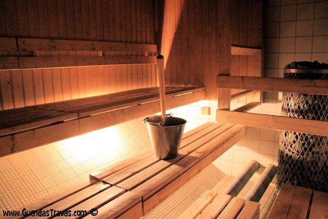 6 esperienze local da non perdere ad Helsinki sauna hermanni