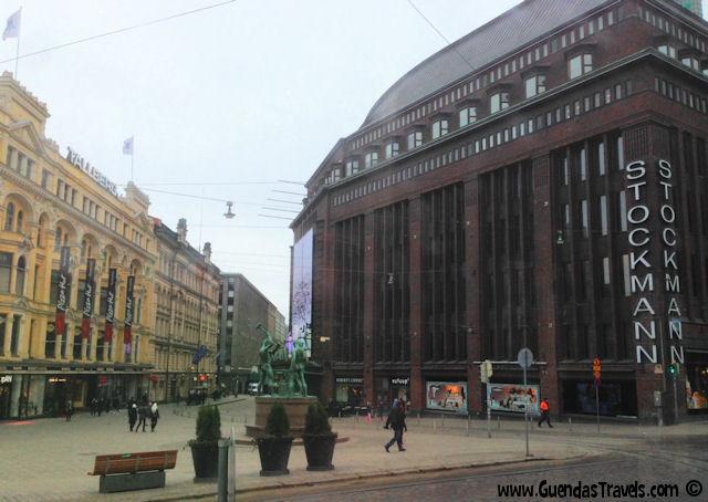 6 esperienze local da non perdere ad Helsinki stockmann helsinki