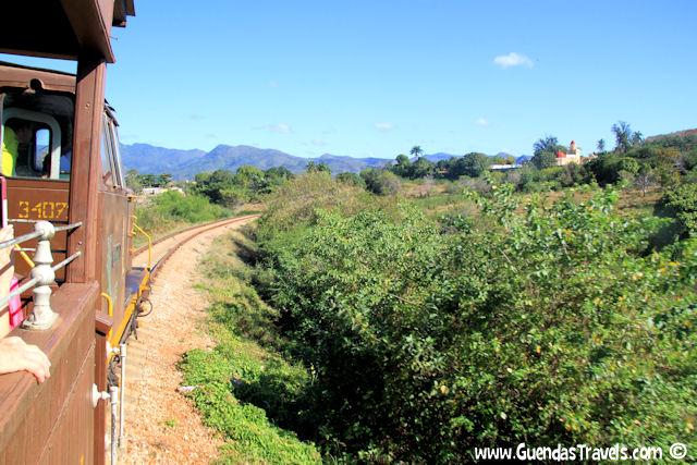 valle de los ingenios treno