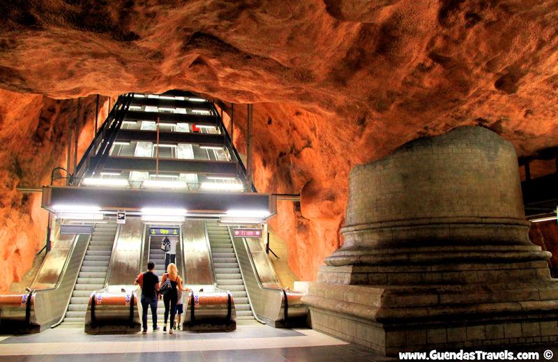 arte nella metropolitana di Stoccolma Radhuset