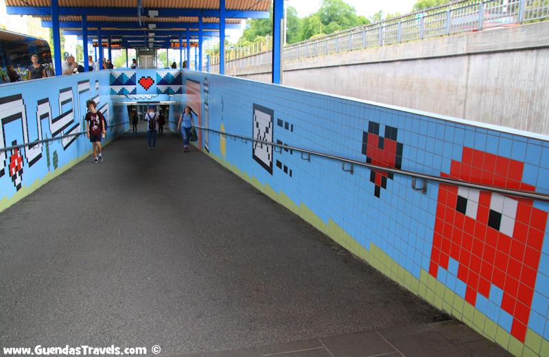 arte nella metropolitana di Stoccolma hallonbergen