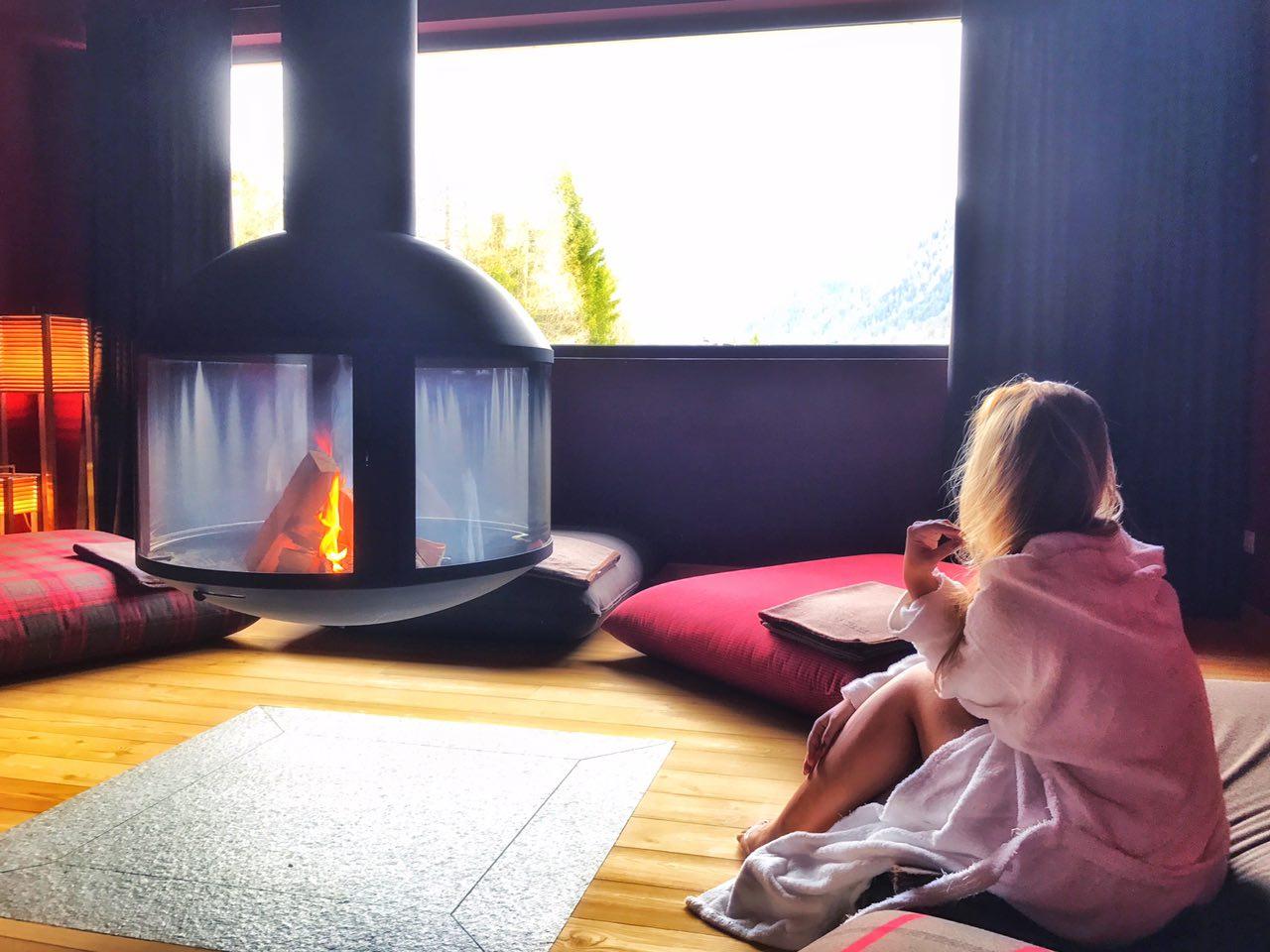 QC Terme Dolomiti sala relax fuoco
