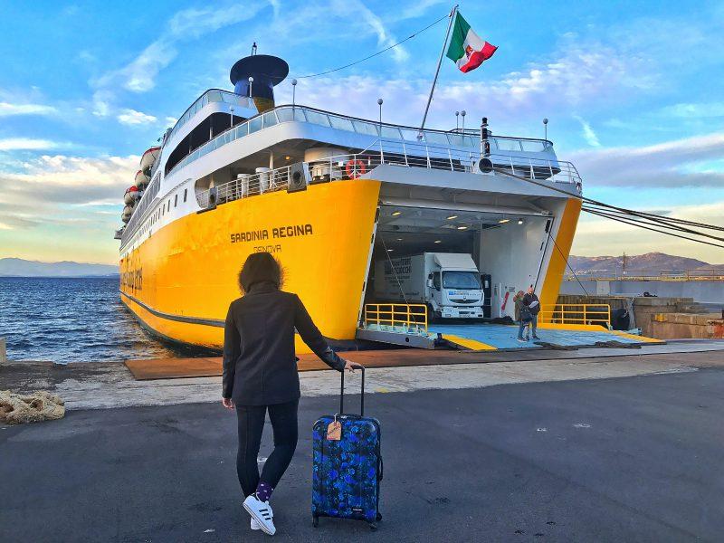 autunno in sardegna navi gialle